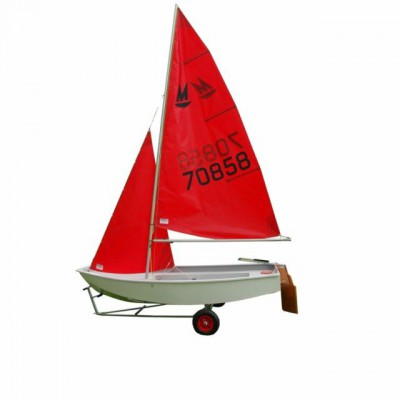Thuyền buồm một thân dinghies board